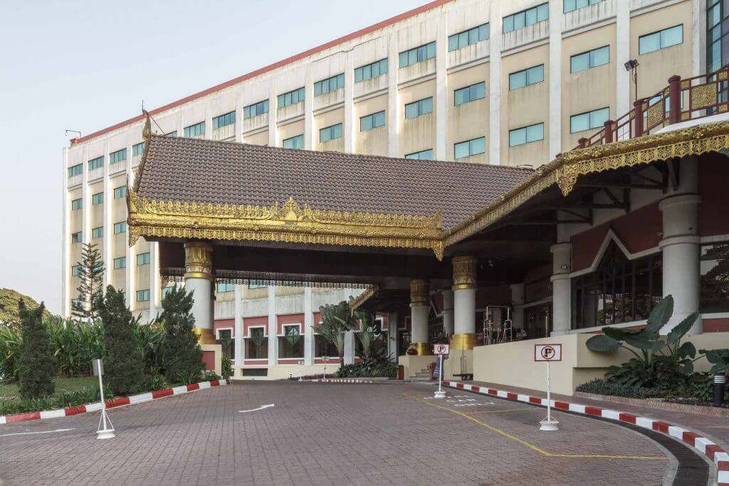 Summit parkview hotel architectural guide yangon for Design hotel yangon